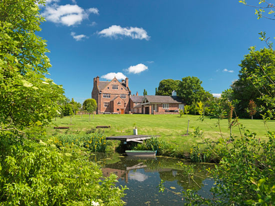 Elizabethan Burton Hall in Burton, Cheshire up for raffle