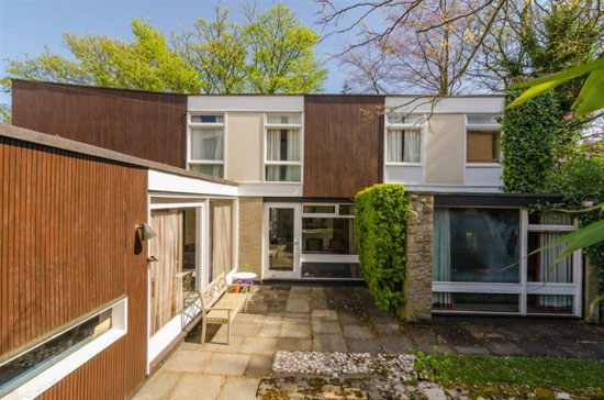 1960s Louis Roche-designed modernist property in Belfast, Northern Ireland