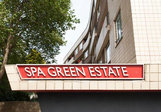 Two-bedroom flat on the Berthold Lubetkin-designed Spa Green Estate in Clerkenwell, London EC1