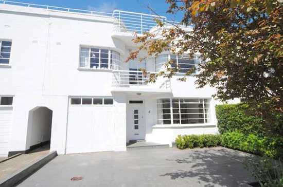 Grade II-listed 1930s four-bedroom art deco property in Hampstead Garden Suburb, London N2