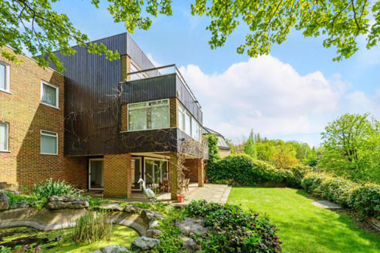 On the market: Five-bedroom modernist property in Highgate Ponds, London N6