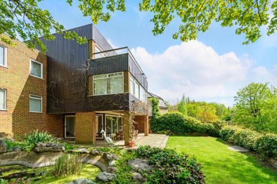 On the market: Five-bedroom modernist property in Highgate Ponds, London N6