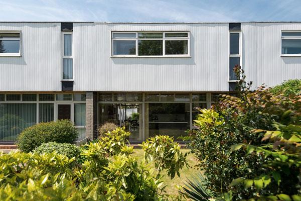 1960s Edward Schoolheifer modern house on Manygate Lane, Shepperton, Surrey