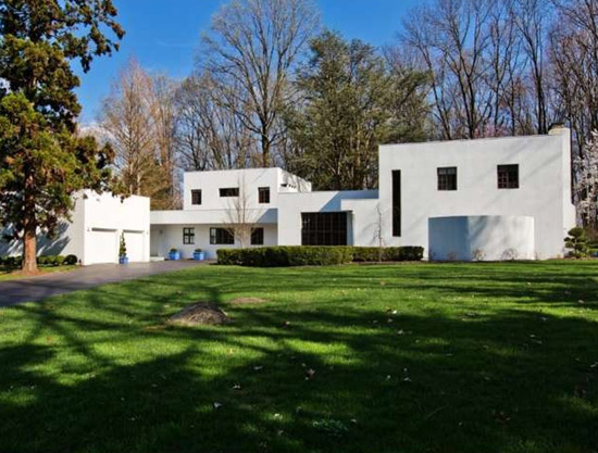 On the market: 1930s modernist property in New Hope, Pennsylvania, USA