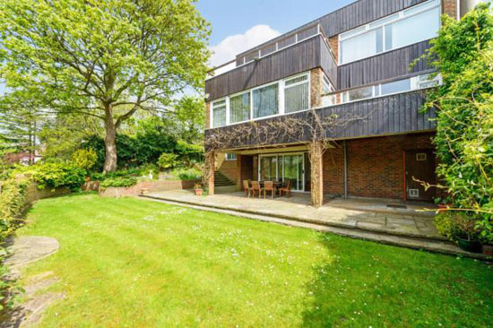 Five-bedroom modernist property in Highgate Ponds, London N6