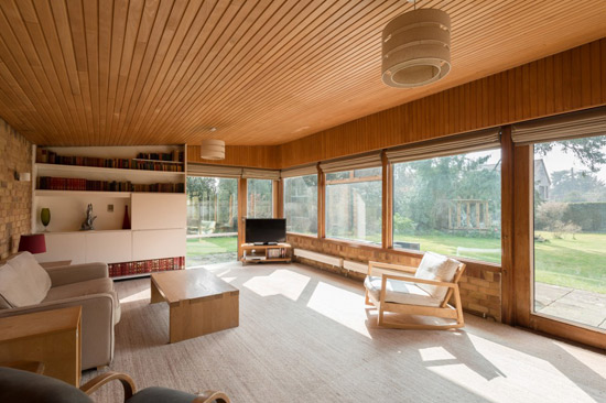 1960s Peter & Beryl Harrison-designed midcentury property on Maresfield, East Sussex