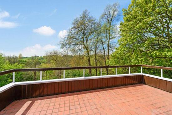 Five-bedroom modernist property in Highgate Ponds, London N6
