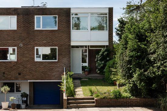 1960s midcentury modern house in London SW20