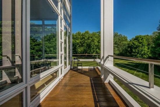 Dirk Lohan-designed modernist property in Ada, Michigan, USA