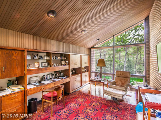 1960s midcentury modern property in Alexandria, Virginia, USA