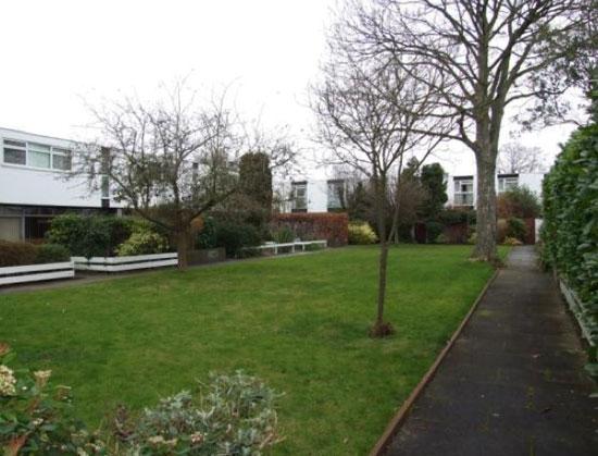 Edward Schoolheifer-designed three-bedroom modernist Lyon property in Manygate Lane, Shepperton, Middlesex