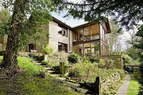 Back to the 1970s: Architect-designed four-bedroom house in Darley Dale, Matlock, Derbyshire