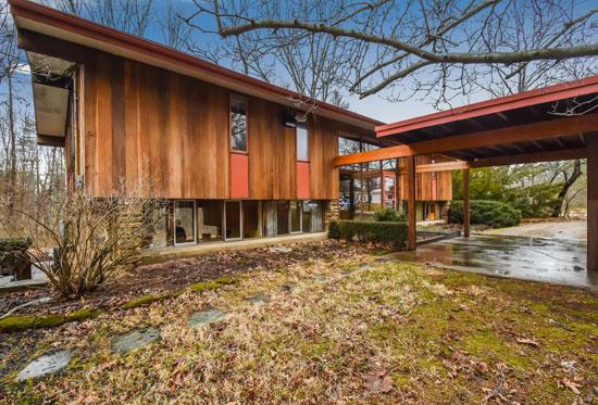 1960s Jasper Ward midcentury modern property in Bloomington, Indiana, USA