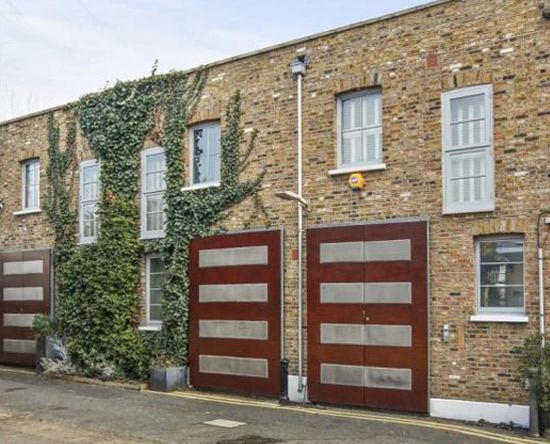Three-bedroom mews conversion in London W11