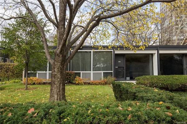 1950s Mies Van Der Rohe property in Detroit, Michigan, USA