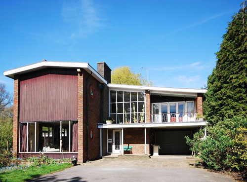 On the market: 1950s midcentury five-bedroomed property in London SW16