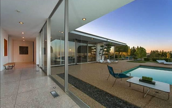 1960s midcentury-modern property in Encino, Los Angeles. California