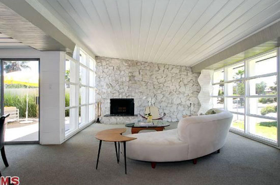 1940s Romeo Aristides Rodriguez-designed midcentury modern property in Los Angeles, California, USA