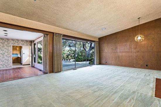 Johnny Stroh-designed midcentury modern property in Santa Paula, California, USA