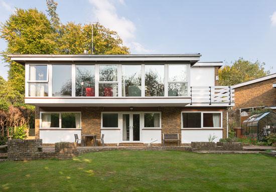 1970s B. J. Duffy-designed midcentury modern property in Welwyn, Hertfordshire