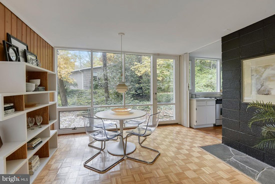 1950s Charles Goodman midcentury modern house in Alexandria, Virginia, USA