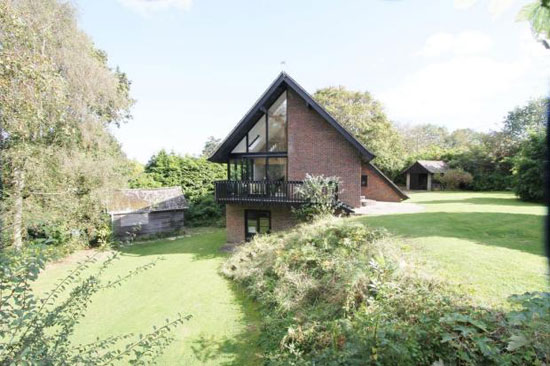 On the market: Cheshire Robbins-designed three-bedroom property in New Milton, Hampshire