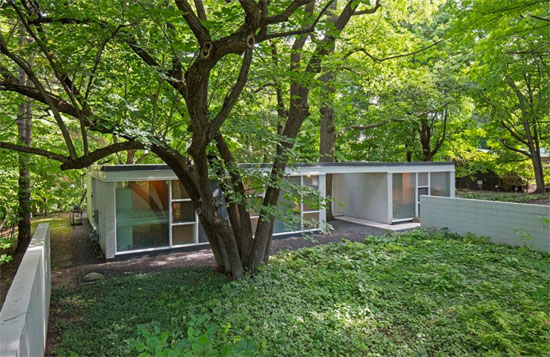 On the market: 1950s Ralph Rapson-designed modernist property in Chanhassen, Minnesota, USA