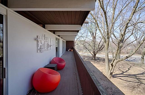 1960s midcentury modern property in Minneapolis, Minnesota, USA
