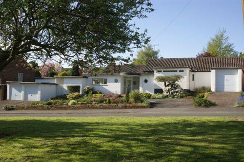 On the market: 1950s Miramar house in Mackworth, Derby, Derbyshire with its original 1950s kitchen