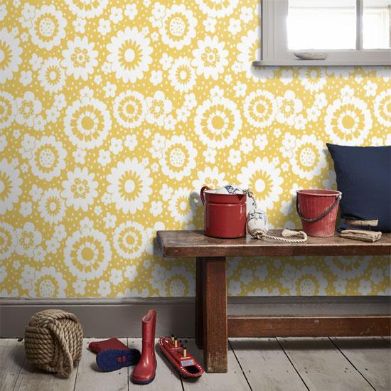 Design spotting: 1960s-style Mod Meadows wallpaper by Layla Faye