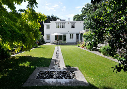 On the market: 1940s Andrew G. Alexander-designed detached house in London W4