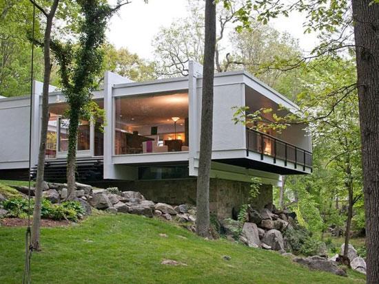 1950s John Johansen-designed Goodyear House in Darien, Connecticut, USA