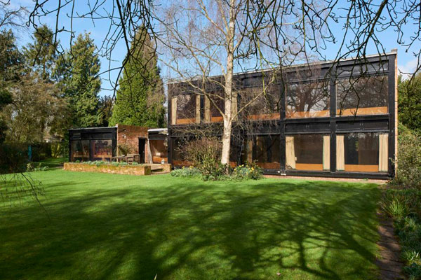1960s modernism: Ian Fraser & Associates-designed property in Newnham, Hampshire