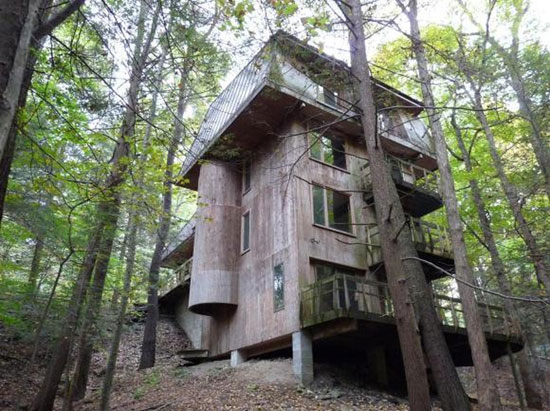 On the market: 1970s Norman Davies-designed modernist property in Binghamton, New York, USA