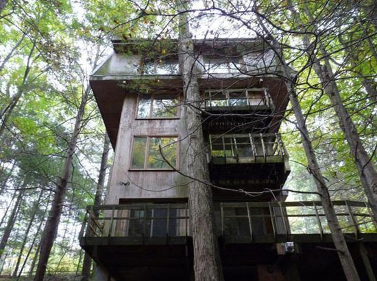 1970s Norman Davies-designed modernist property in Binghamton, New York, USA