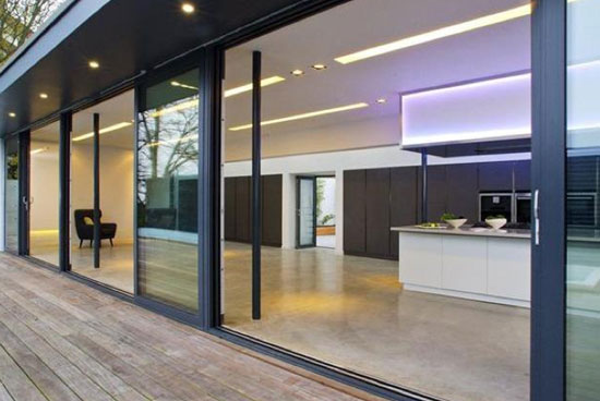 Five-bedroom contemporary modernist property in London, N6