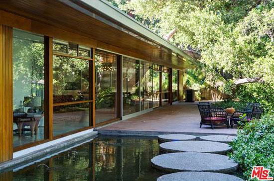 1950s Richard Neutra-designed The Goldman Residence in Encino, California, USA
