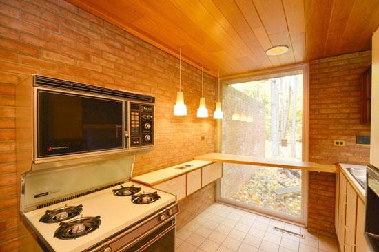 1960s Robert Clark-designed midcentury property in Webster, New York, USA