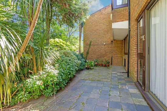 1970s Ted Levy-designed modernist property in Highgate, London N6