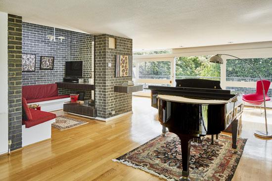 1950s Rossdale House by Geoffry Powell in London N3