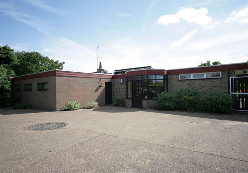 On the market: 1960s Peter Barefoot-designed single storey house in Nacton, Suffolk