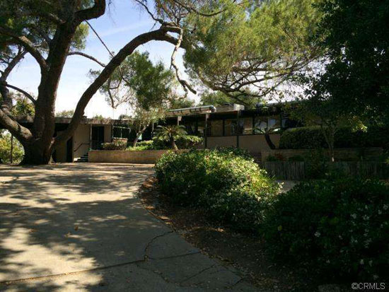 1950s Richard Neutra-designed modernist property in West Covina, California, USA