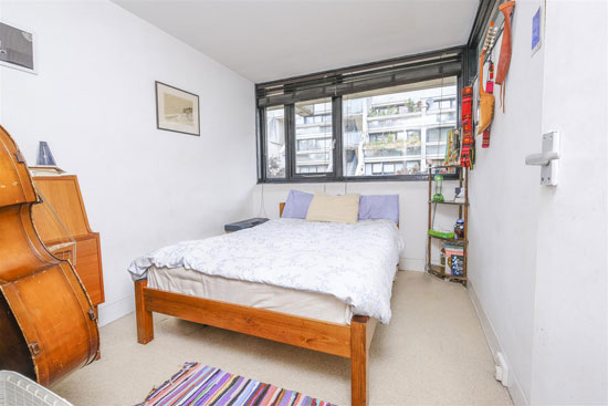1970s Neave Brown apartment in Rowley Way, London NW8