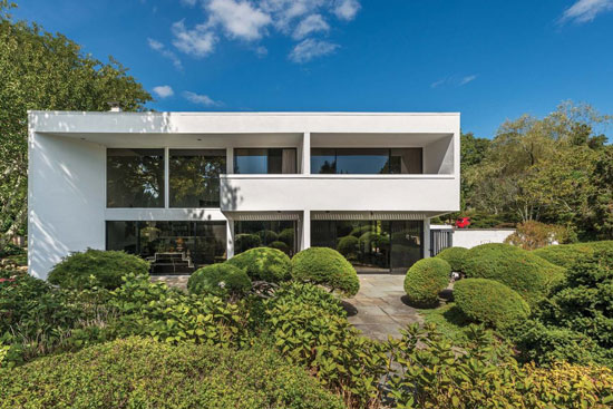1970s modernism: Julian and Barbara Neski-designed property in Water Mill, New York, USA