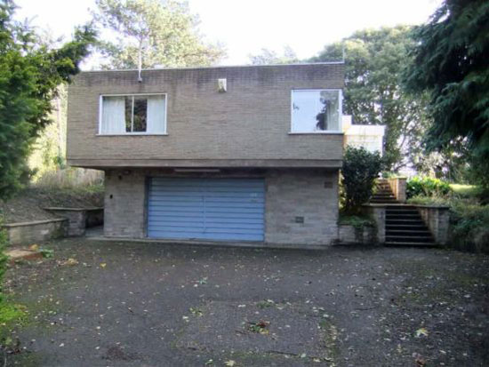 Three-bedroom 1960s modernist property in Newark, Nottinghamshire