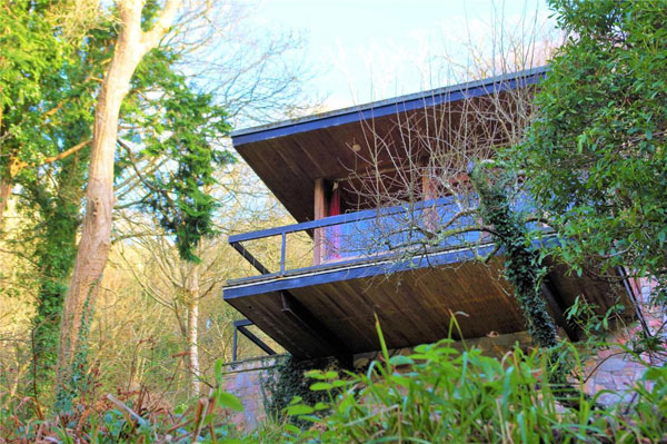 Menryn 1960s midcentury modern property in Newton Ferrers, Devon