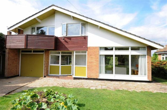 To let: Three-bedroom 1960s detached house in Kinoulton, Nottinghamshire
