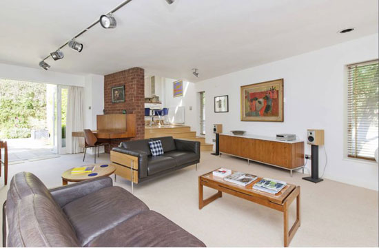 1960s modernist house in Nottingham, Nottinghamshire