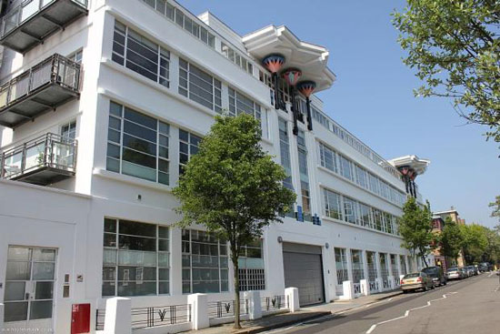 On the market: Two-bedroom apartment in the 1930s art deco Wallis Building in St John's Wood, London, NW8