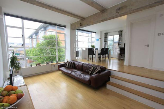 Two-bedroom apartment in the 1930s art deco Wallis Building in St John's Wood, London, NW8